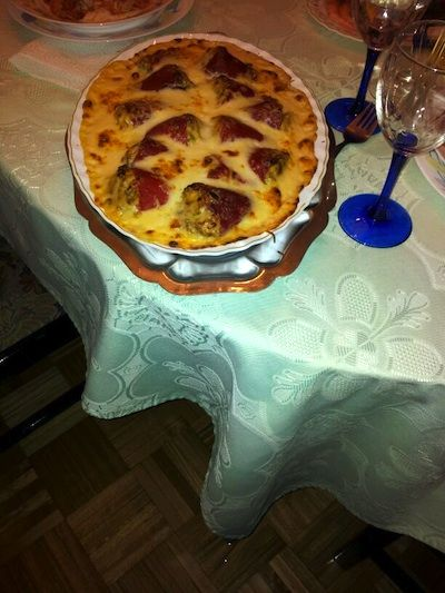 Pimientos rellenos a la boloñesa con bechamel gratinado