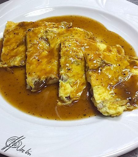 Tortilla de shiitake con crema de trufa negra