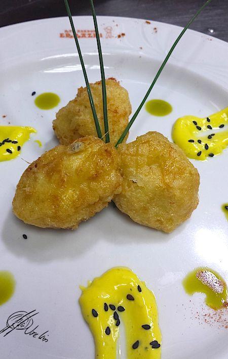 Buñuelos de risotto de boletus