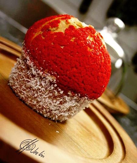 Muffin de red velvet con vainilla y coco