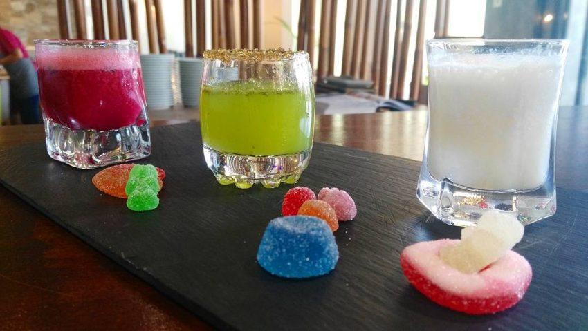 Trio de sorbetes…. de frambuesa y albahaca, de pepino y lima y de horchata al vodka