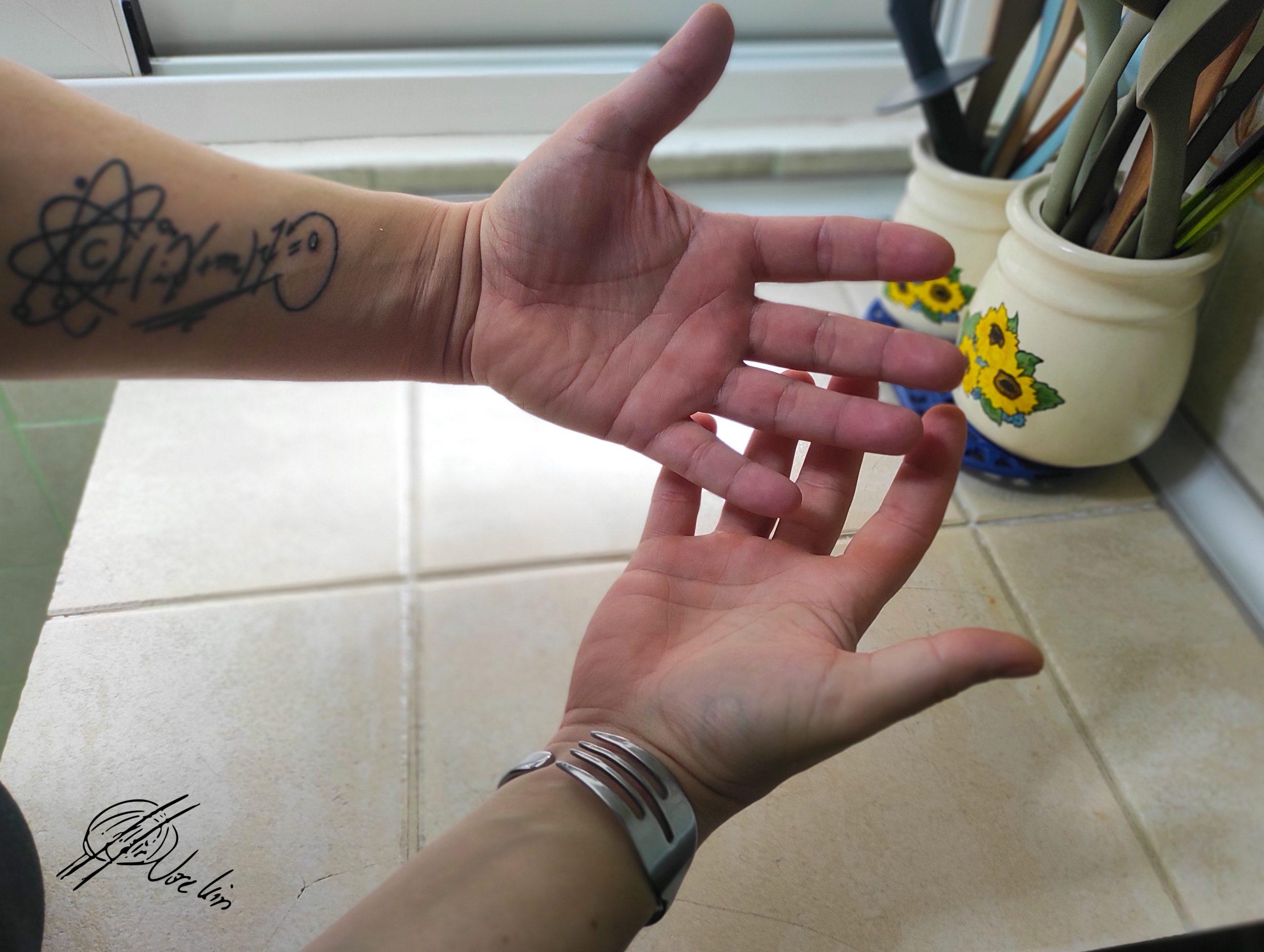 manos Jose Luis Zuya